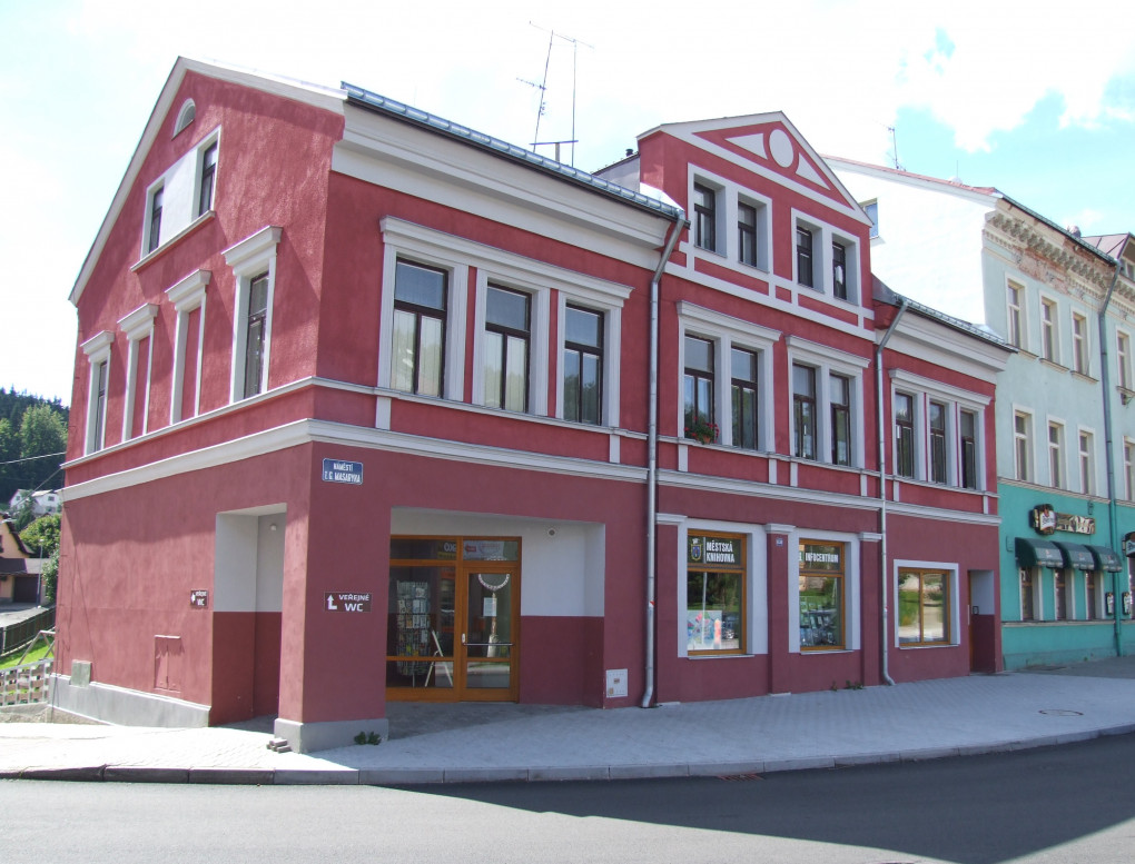 mestska_knihovna_a_infocentrum.jpg